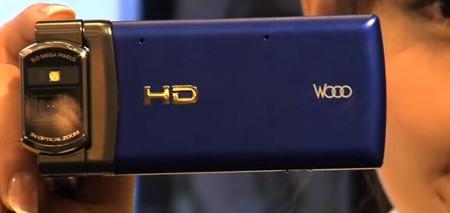 hitachi-wooo-720p-phone