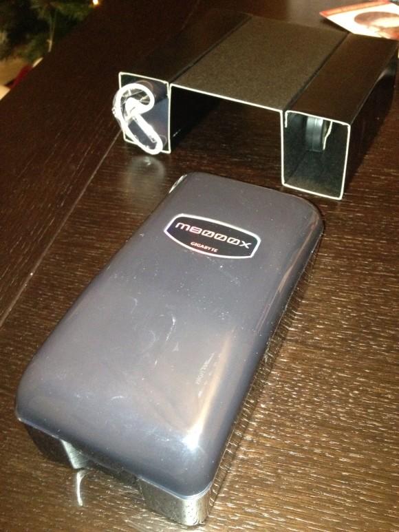 gigabyte m8000x (2)